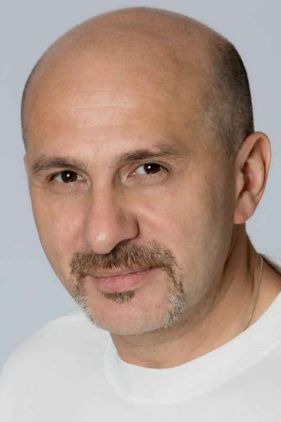 Albert Goikhman - Actor headshot